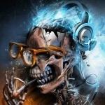 Скелет в разбитых очках и наушниках бьющих электричеством по мозгам