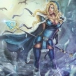 Crystal Maiden из Доты 2 стоит с посохом за спиной