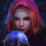 Плачущая девушка в капюшоне смотрит на магический шар