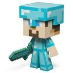 Игрушечный персонаж игры Minecraft в алмазной броне