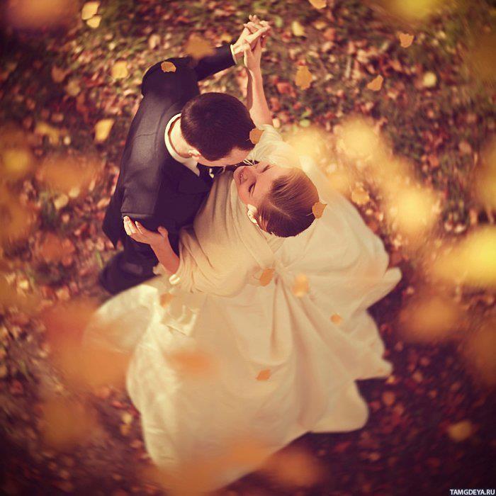 Парень танцует фото на аву