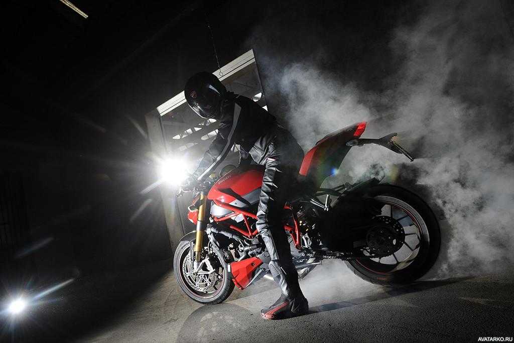 плече фотки с мотоциклами на аву выхода