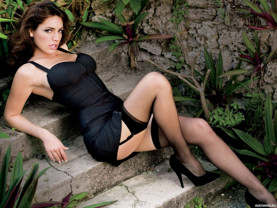 Free pictures hairy pantyhose models